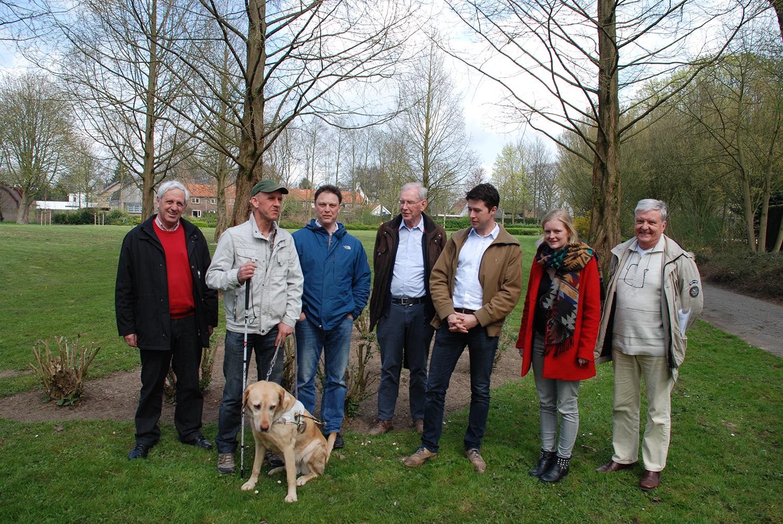 Foto werkgroep in het park